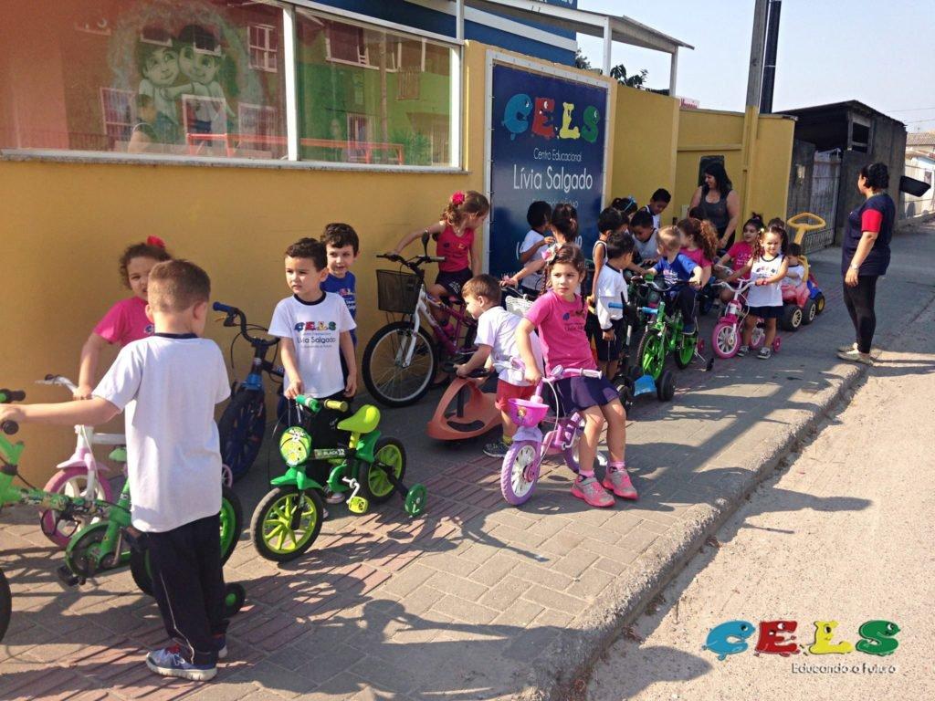 Educação no Trânsico Crianças em Palhoça